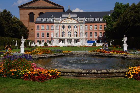 Kurfürstliches Palais i Trier