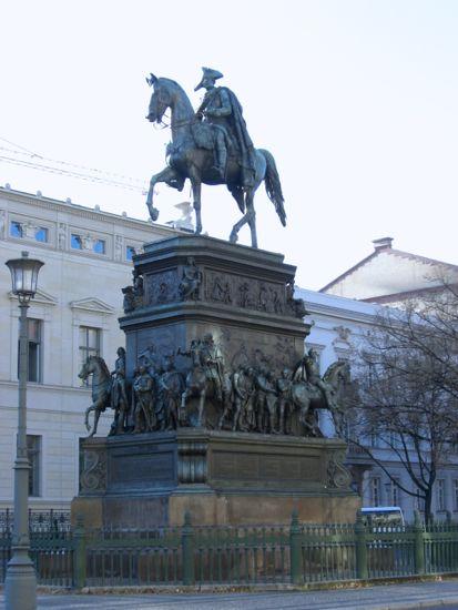 Rytterstatue af Frederik den store