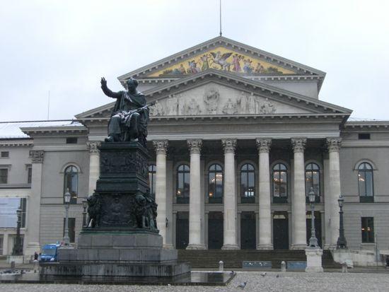 Operaen i München
