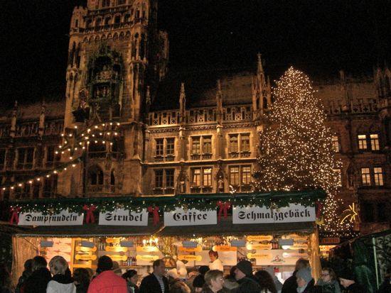 Rådhuset i München i julestemning