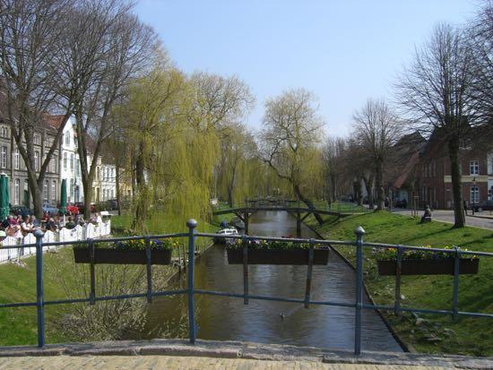 Kik til en af kanalerne i Friedrichstadt