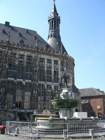 Statue af Karl den Store