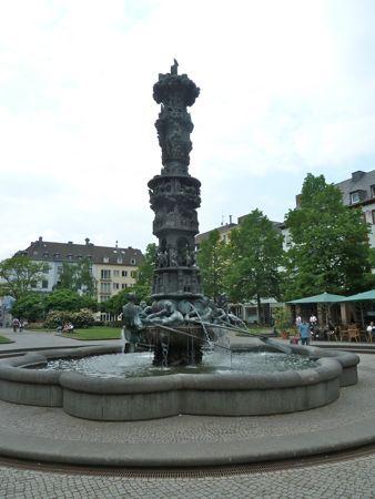 Historisk springvand i Koblenz