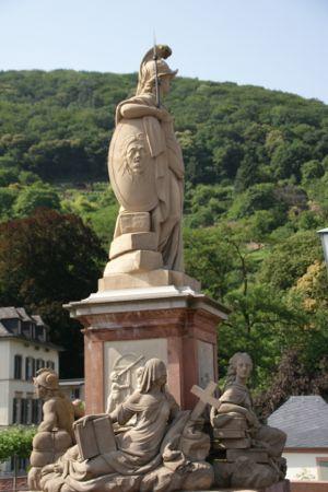skulptur på Alte Brücke